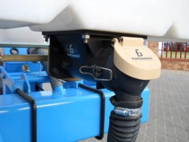Fertisystem Auto-Lub® augers for precision feeding