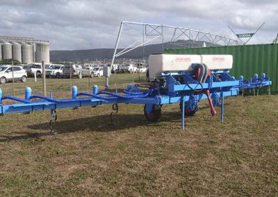 monotec-fold-up-fertiliser-applicator@nampo-kaap